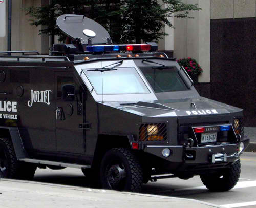 Police Rescue Vehicle - I have no idea what the thing on top is for